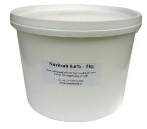 Nitritsalt 5 kg i livsmedelsgodkänd plasthink.